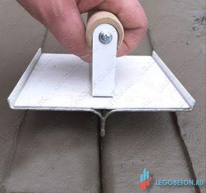 Нарезчик декоративных швов радиусный для технологии браширования купить в москве