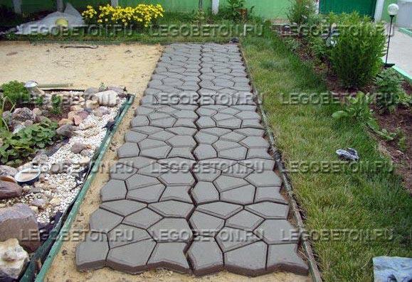 Купить форму для дорожки из бетона купить фонтан из бетона для дачи недорого